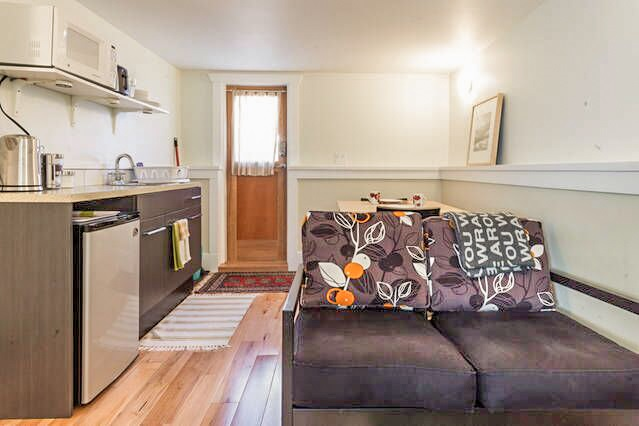 Photo 6: 2425 TRUTCH Street in Vancouver: Kitsilano House for sale (Vancouver West)  : MLS(r) # R2079999