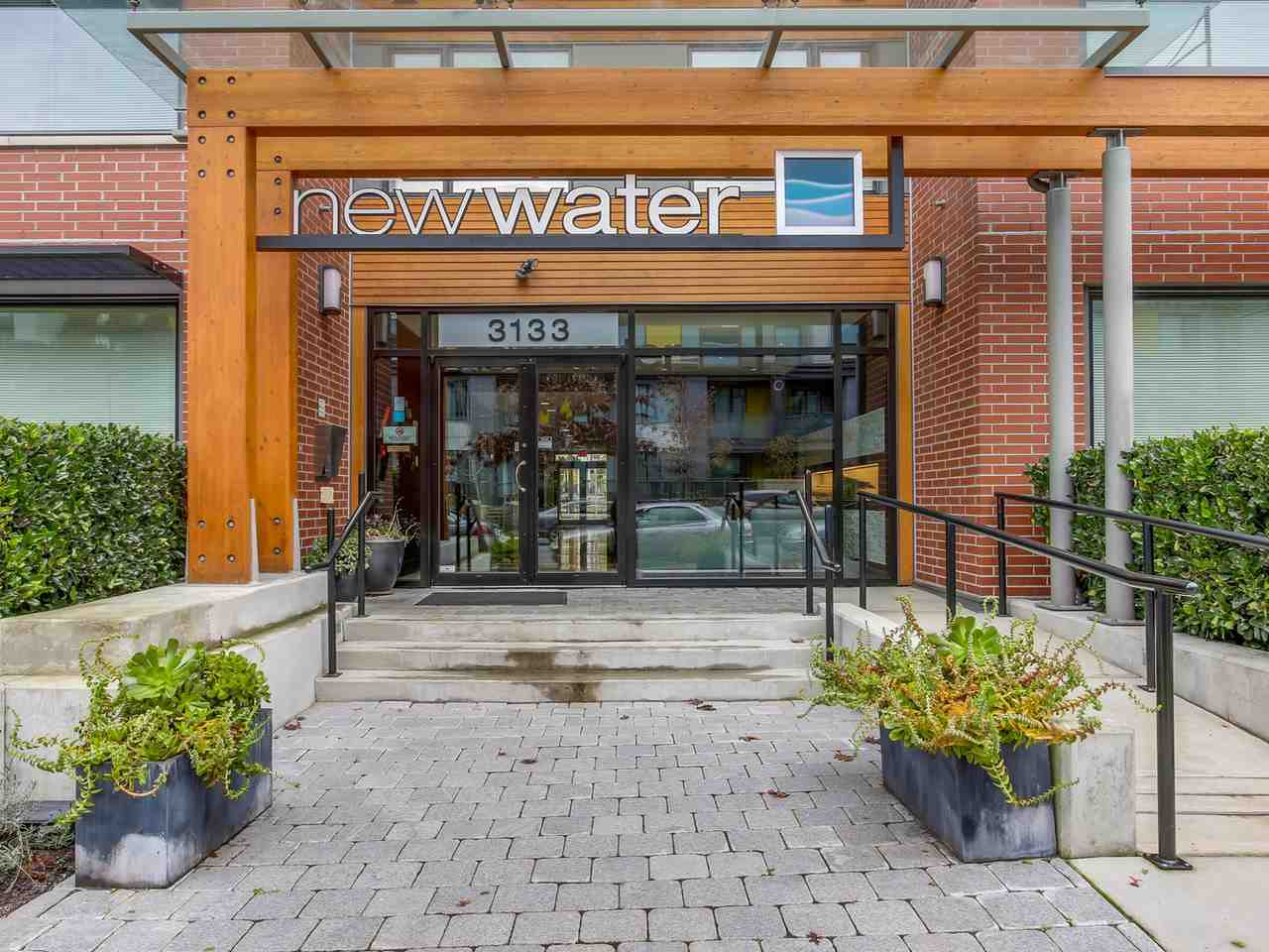Photo 2: 313 3133 RIVERWALK Avenue in Vancouver: Champlain Heights Condo for sale (Vancouver East)  : MLS(r) # R2121189