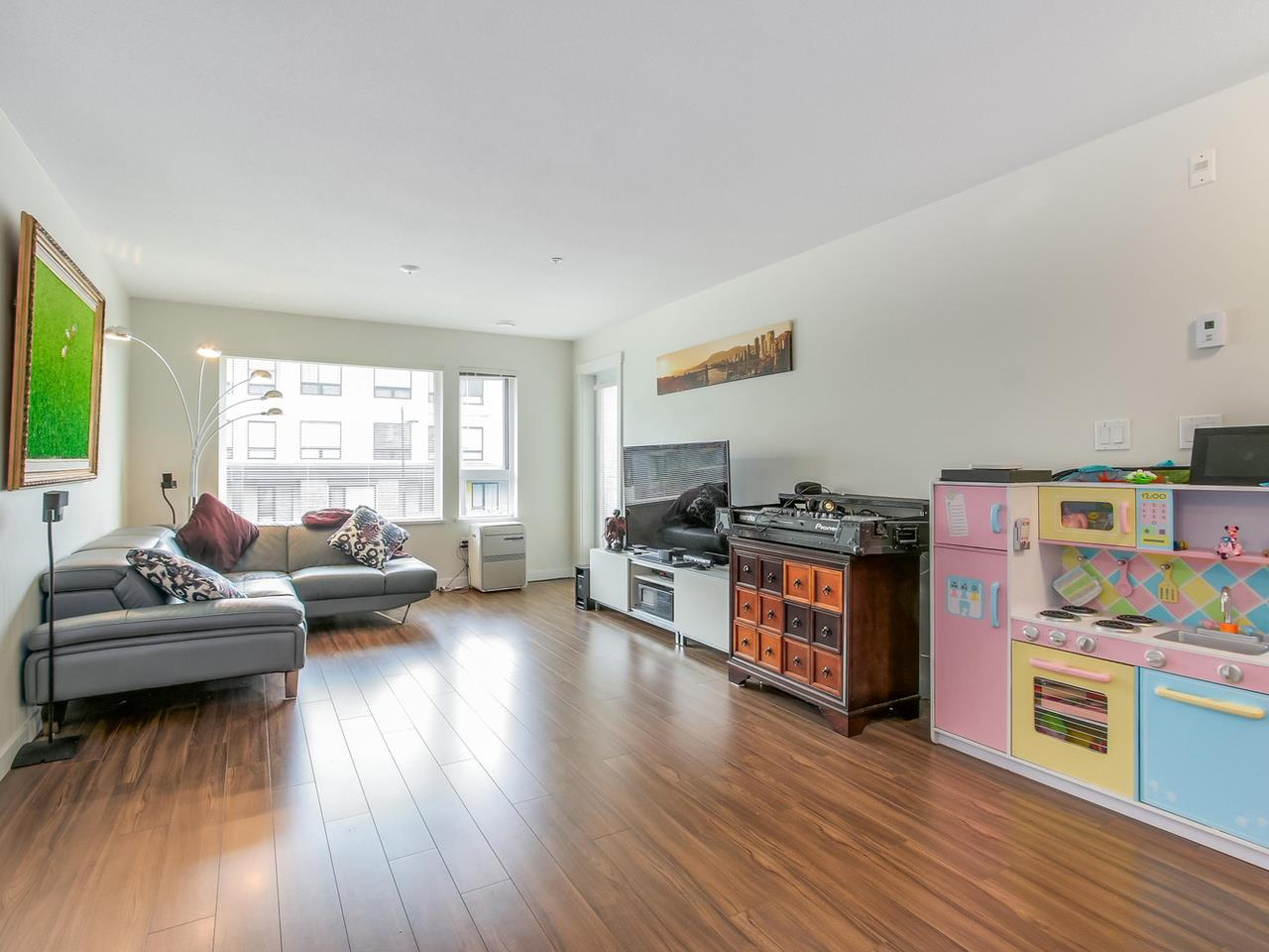 Photo 8: 313 3133 RIVERWALK Avenue in Vancouver: Champlain Heights Condo for sale (Vancouver East)  : MLS(r) # R2121189