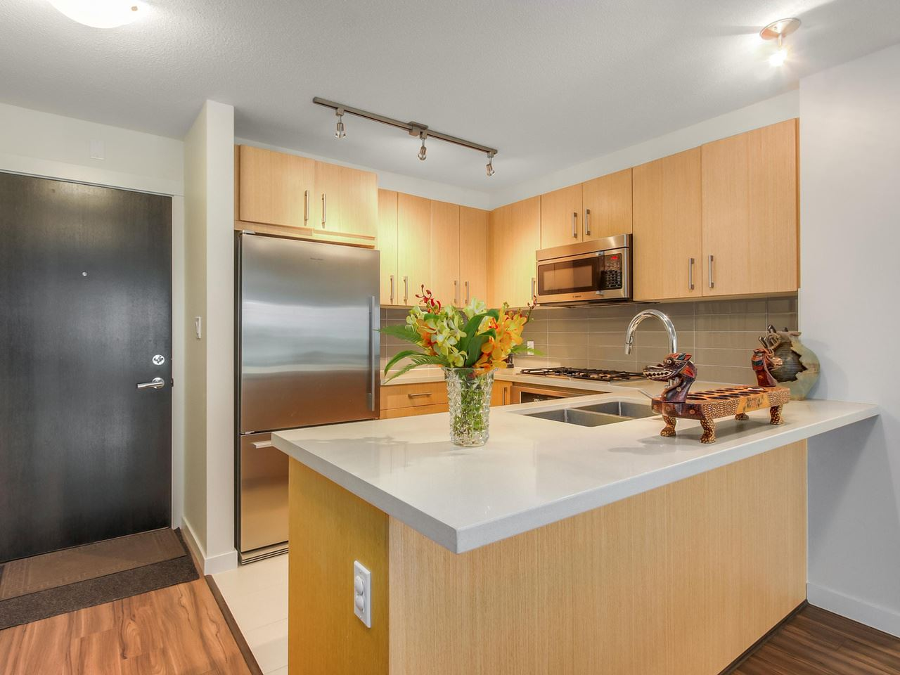 Photo 6: 313 3133 RIVERWALK Avenue in Vancouver: Champlain Heights Condo for sale (Vancouver East)  : MLS(r) # R2121189