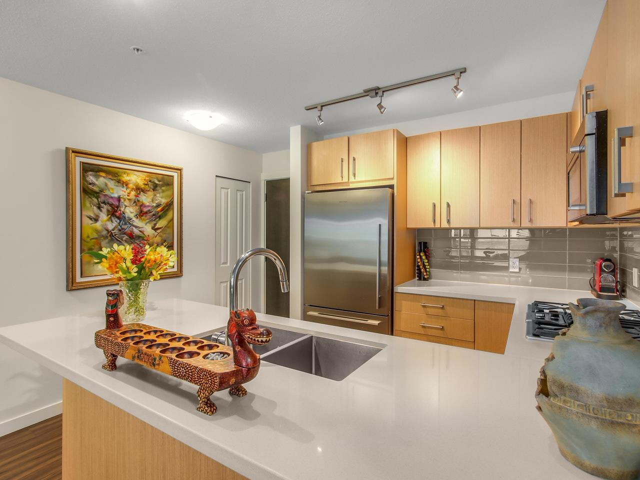 Photo 7: 313 3133 RIVERWALK Avenue in Vancouver: Champlain Heights Condo for sale (Vancouver East)  : MLS(r) # R2121189