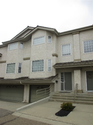 Main Photo: 41 1295 CARTER CREST Road in Edmonton: Zone 14 Townhouse for sale : MLS(r) # E4054323