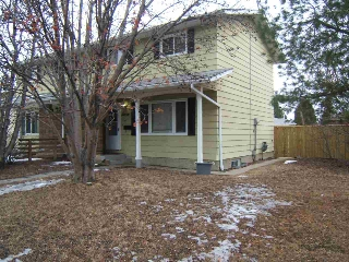Main Photo: 7703 176 Street in Edmonton: Zone 20 House Half Duplex for sale : MLS(r) # E4056294