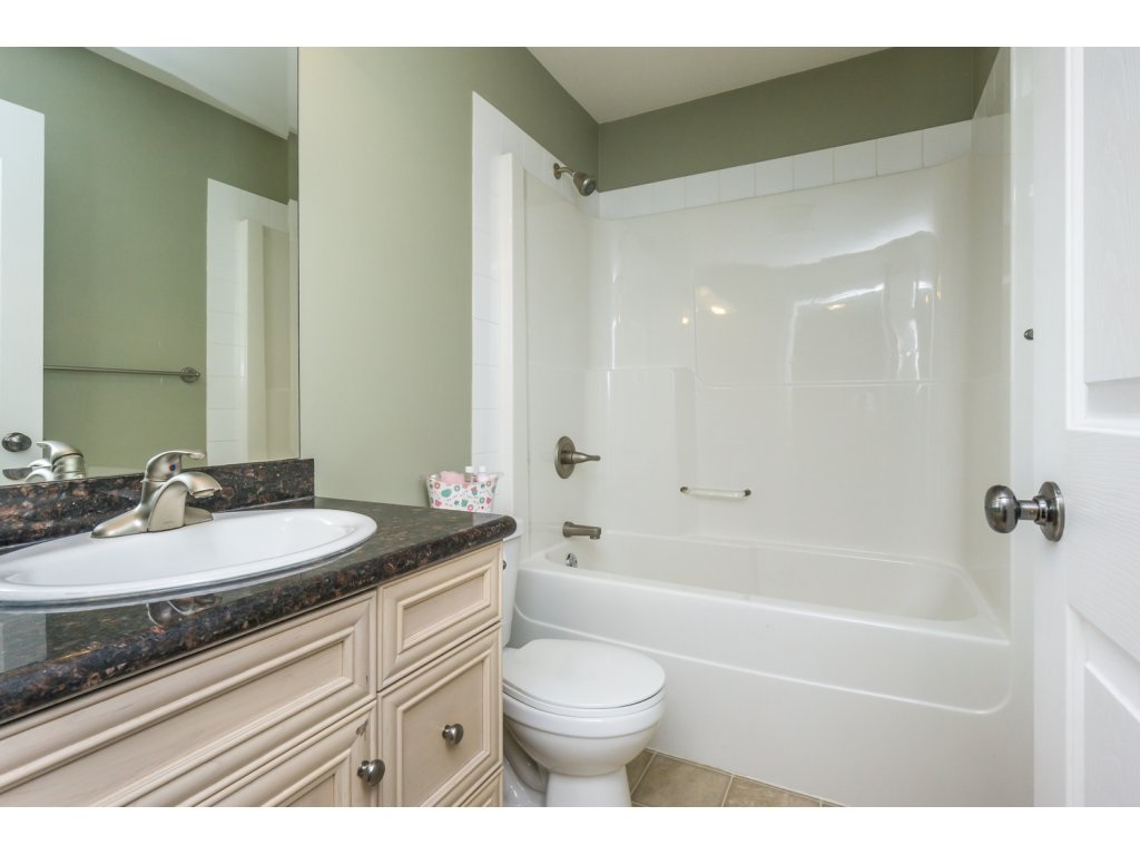 "Photo 13: 27 6450 BLACKWOOD Lane in Sardis: Sardis West Vedder Rd Townhouse for sale in ""THE MAPLES"" : MLS(r) # R2151888"