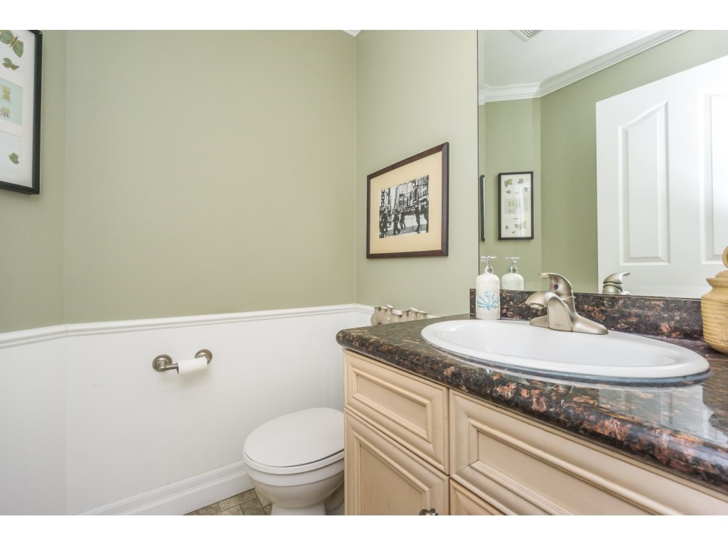 "Photo 11: 27 6450 BLACKWOOD Lane in Sardis: Sardis West Vedder Rd Townhouse for sale in ""THE MAPLES"" : MLS(r) # R2151888"
