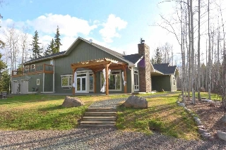 Main Photo: 5120 DERBYSHIRE Road in Smithers: Smithers - Rural House for sale (Smithers And Area (Zone 54))  : MLS® # R2162668