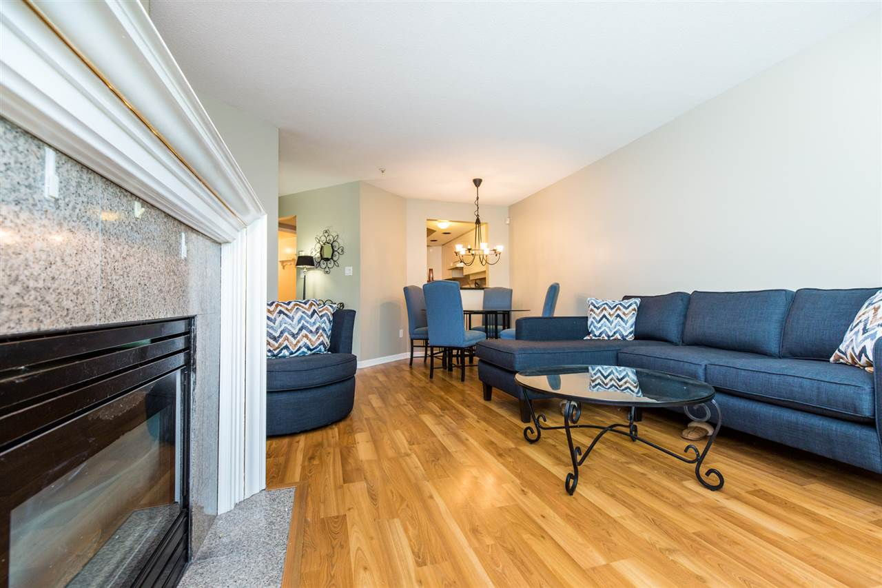 Photo 5: 104W 3061 GLEN Drive in Coquitlam: North Coquitlam Townhouse for sale : MLS® # R2174767