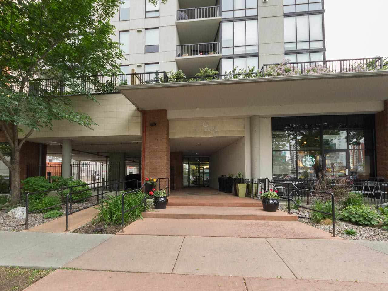Main Photo: 904 10028 119 Street in Edmonton: Zone 12 Condo for sale : MLS® # E4068270