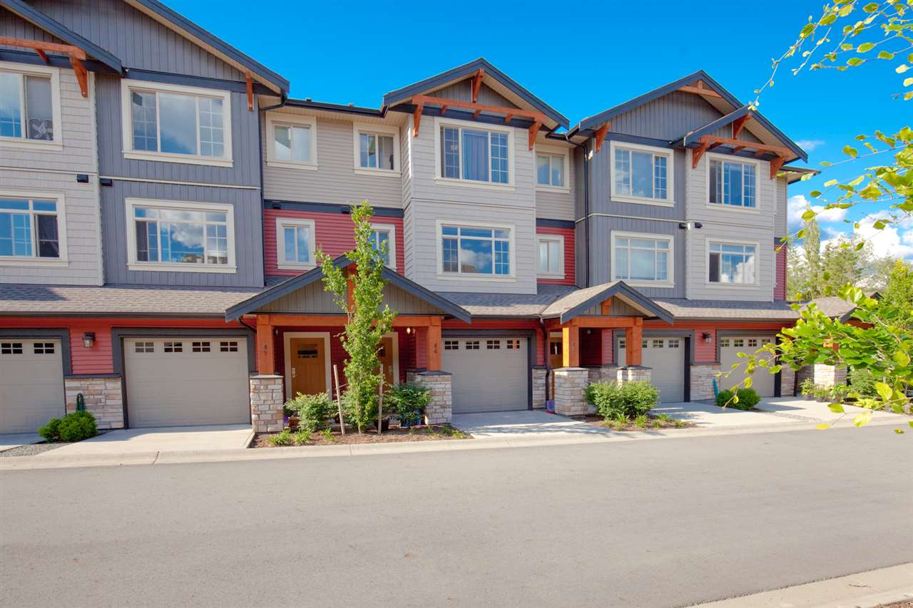 "Main Photo: 86 11305 240 Street in Maple Ridge: Cottonwood MR Townhouse for sale in ""MAPLE HEIGHTS"" : MLS(r) # R2176903"