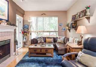 "Main Photo: 210 2755 MAPLE Street in Vancouver: Kitsilano Condo for sale in ""THE DAVENPORT"" (Vancouver West)  : MLS® # R2195584"