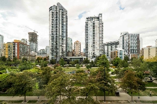 "Main Photo: 302 1188 RICHARDS Street in Vancouver: Yaletown Condo for sale in ""PARK PLAZA"" (Vancouver West)  : MLS® # R2198643"