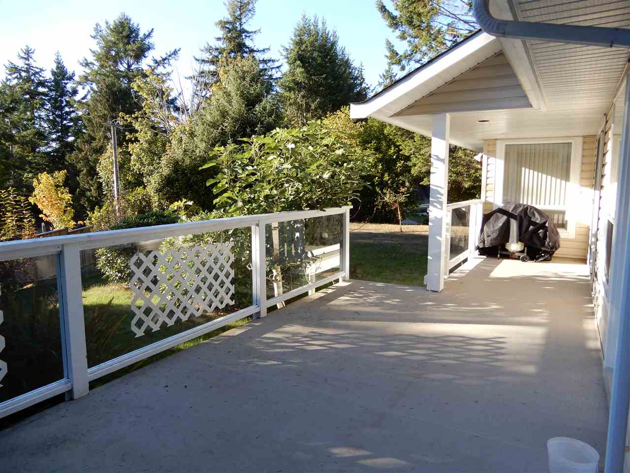 Photo 19: Photos: 4175 IRVINES LANDING Road in Garden Bay: Pender Harbour Egmont House for sale (Sunshine Coast)  : MLS®# R2213995
