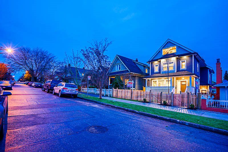 Main Photo: 1371 E 13TH Avenue in Vancouver: Grandview VE House 1/2 Duplex for sale (Vancouver East)  : MLS® # R2230733