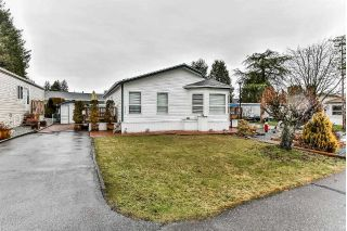 "Main Photo: 147 19705 POPLAR Place in Pitt Meadows: Central Meadows Manufactured Home for sale in ""Meadow Highlands"" : MLS® # R2232538"