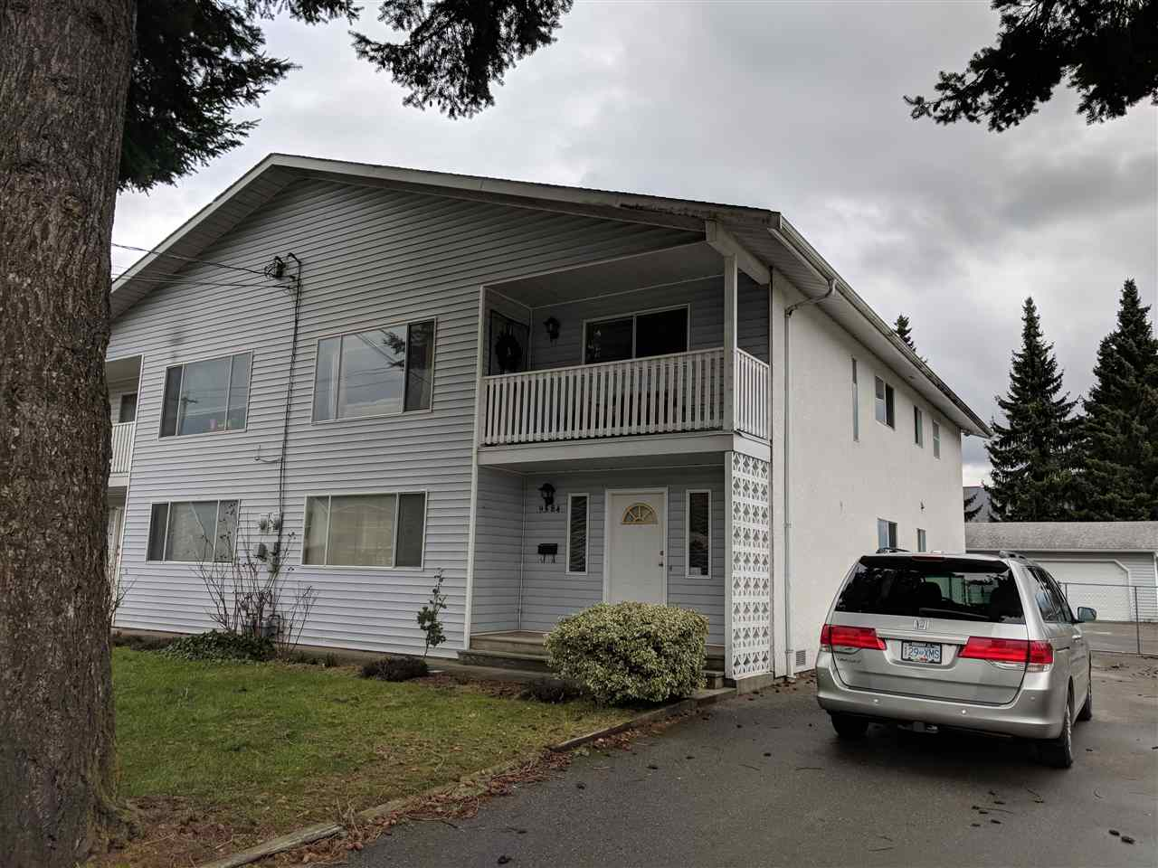 Main Photo: 9584 - 9586 WILLIAMS Street in Chilliwack: Chilliwack N Yale-Well House Duplex for sale : MLS®# R2244551
