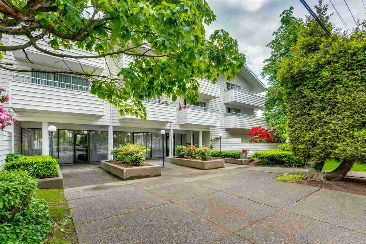"Main Photo: 303 707 EIGHTH Street in New Westminster: Uptown NW Condo for sale in ""THE DIPLOMAT"" : MLS® # R2246901"