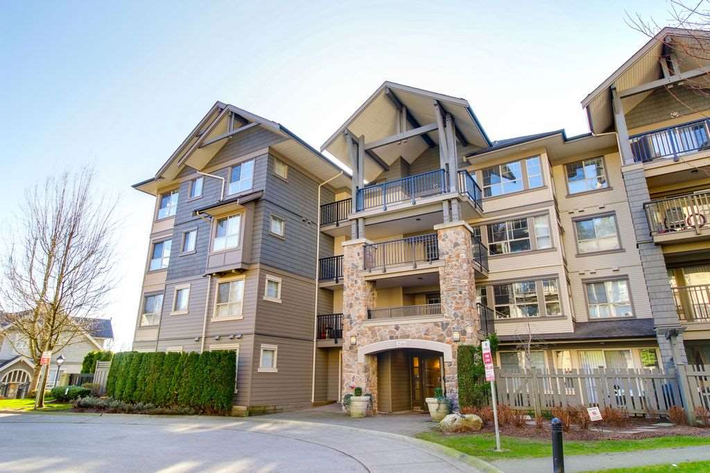 "Main Photo: 107 2958 WHISPER Way in Coquitlam: Westwood Plateau Condo for sale in ""SUMMERLIN"" : MLS®# R2278641"