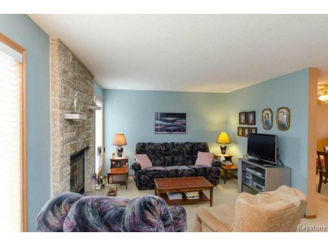 Photo 10: 26 Timmerman Place in WINNIPEG: North Kildonan Residential for sale (North East Winnipeg)  : MLS(r) # 1427541