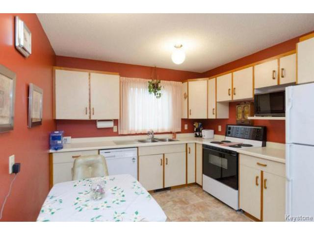 Photo 7: 26 Timmerman Place in WINNIPEG: North Kildonan Residential for sale (North East Winnipeg)  : MLS® # 1427541