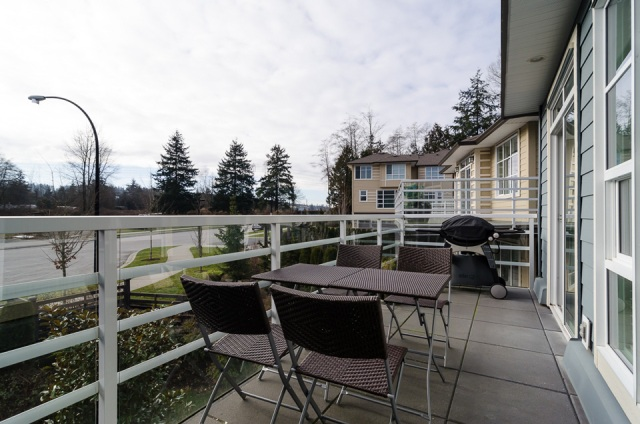 "Photo 18: 1 15405 31ST Avenue in Surrey: Grandview Surrey Townhouse for sale in ""NUVO 2"" (South Surrey White Rock)  : MLS® # F1430709"