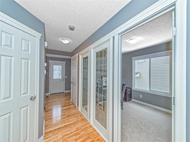 Photo 8: 55 ROCKLEDGE Terrace NW in Calgary: Rocky Ridge Ranch House  : MLS(r) # C4005810