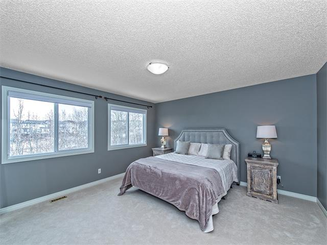 Photo 10: 55 ROCKLEDGE Terrace NW in Calgary: Rocky Ridge Ranch House  : MLS(r) # C4005810