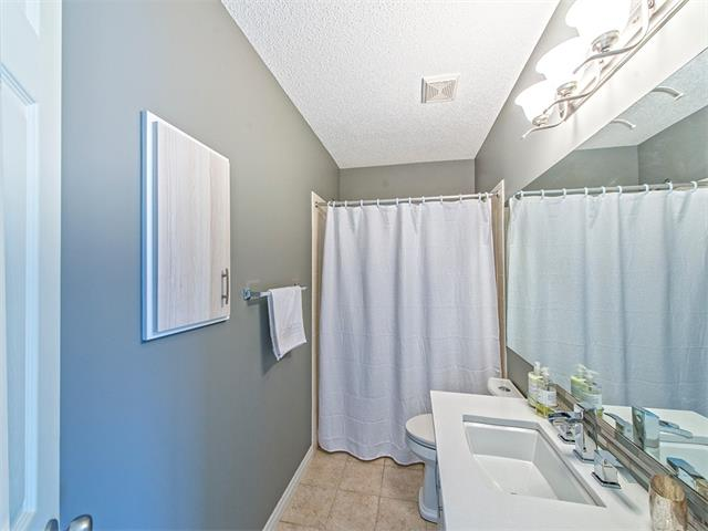 Photo 14: 55 ROCKLEDGE Terrace NW in Calgary: Rocky Ridge Ranch House  : MLS(r) # C4005810