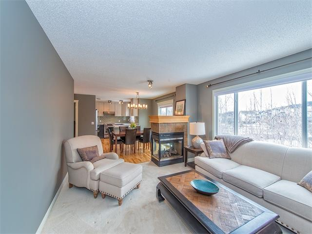 Photo 6: 55 ROCKLEDGE Terrace NW in Calgary: Rocky Ridge Ranch House  : MLS(r) # C4005810