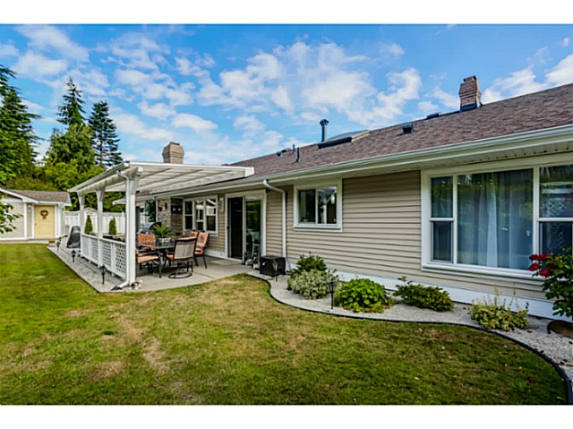 "Photo 18: 451 MILSOM Wynd in Tsawwassen: Pebble Hill House for sale in ""PEBBLE HILL"" : MLS(r) # V1136099"