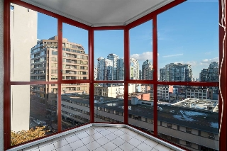 "Main Photo: 708 811 HELMCKEN Street in Vancouver: Downtown VW Condo for sale in ""IMPERIAL TOWER"" (Vancouver West)  : MLS(r) # R2011979"