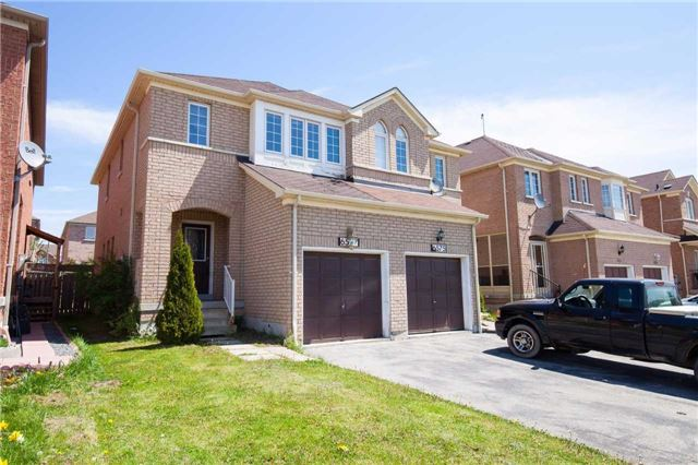 Main Photo: 6577 Song Bird Crest in Mississauga: Meadowvale Village House (2-Storey) for sale : MLS(r) # W3493615