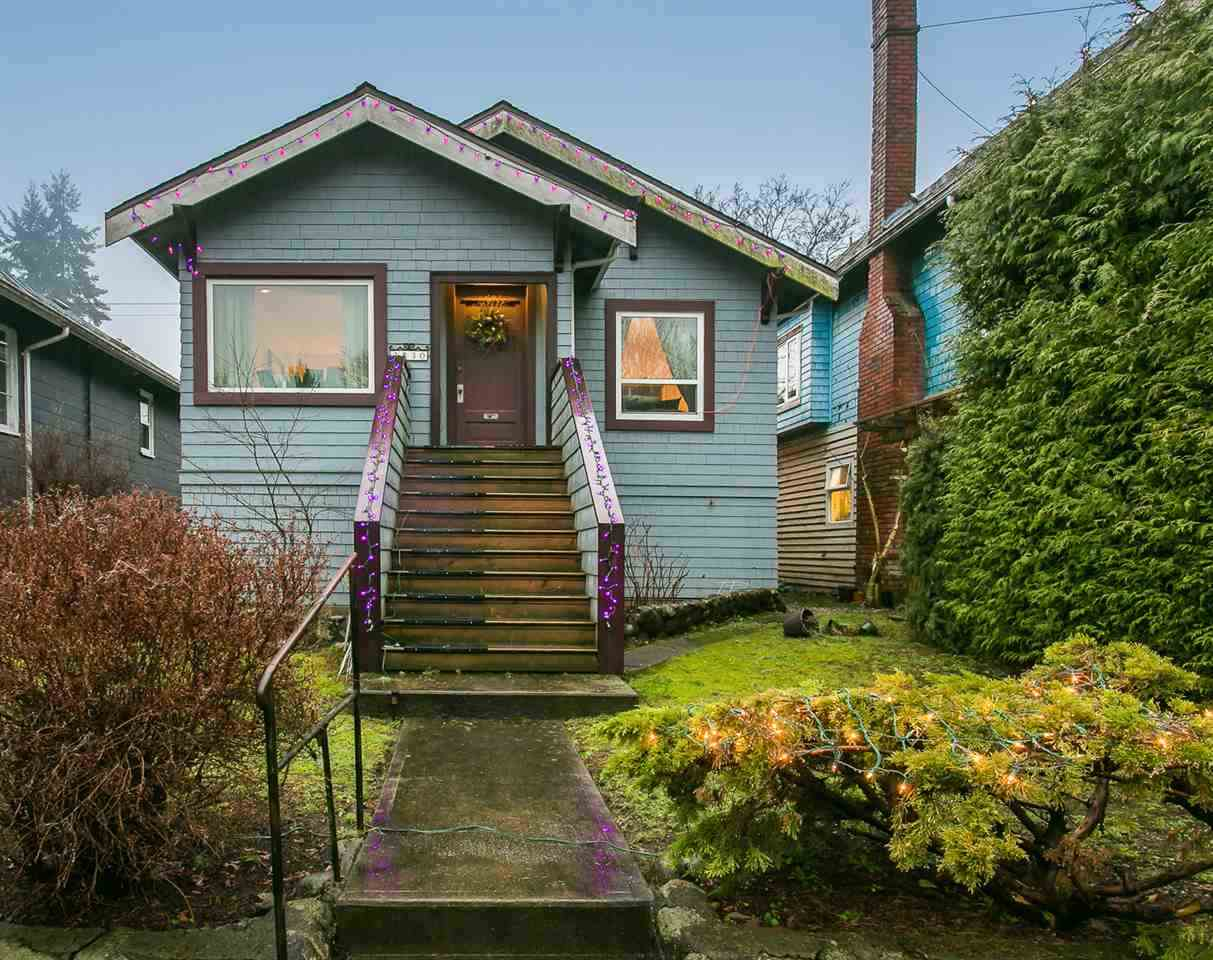 Main Photo: 3830 W 16TH Avenue in Vancouver: Dunbar House for sale (Vancouver West)  : MLS® # R2071259