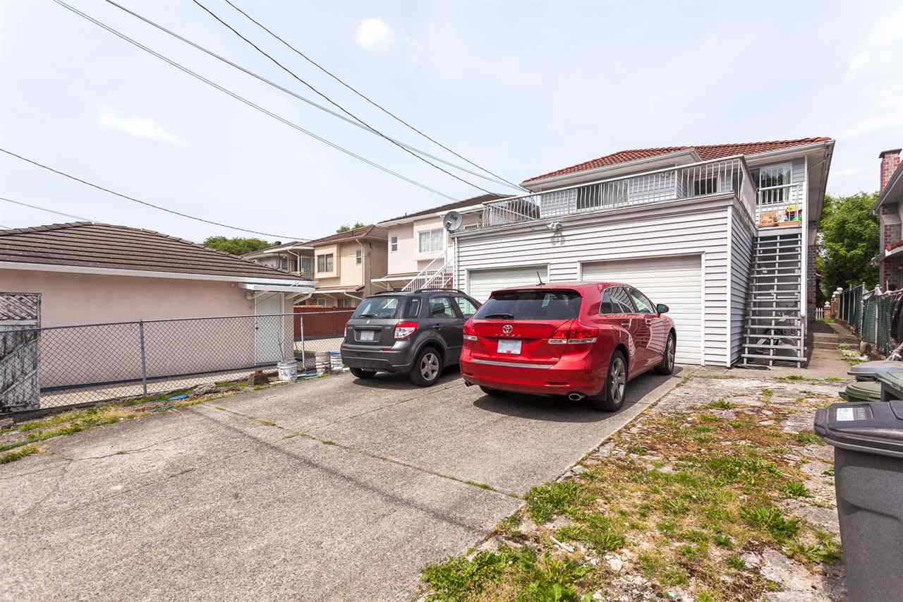 Photo 16: 836 E 20TH Avenue in Vancouver: Fraser VE House for sale (Vancouver East)  : MLS(r) # R2071355