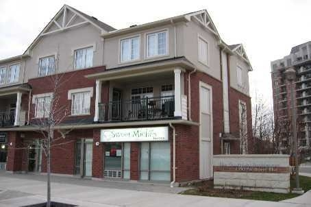 Main Photo: 6 2390 Parkhaven Boulevard in Oakville: Uptown Core Condo for lease : MLS(r) # W3517772