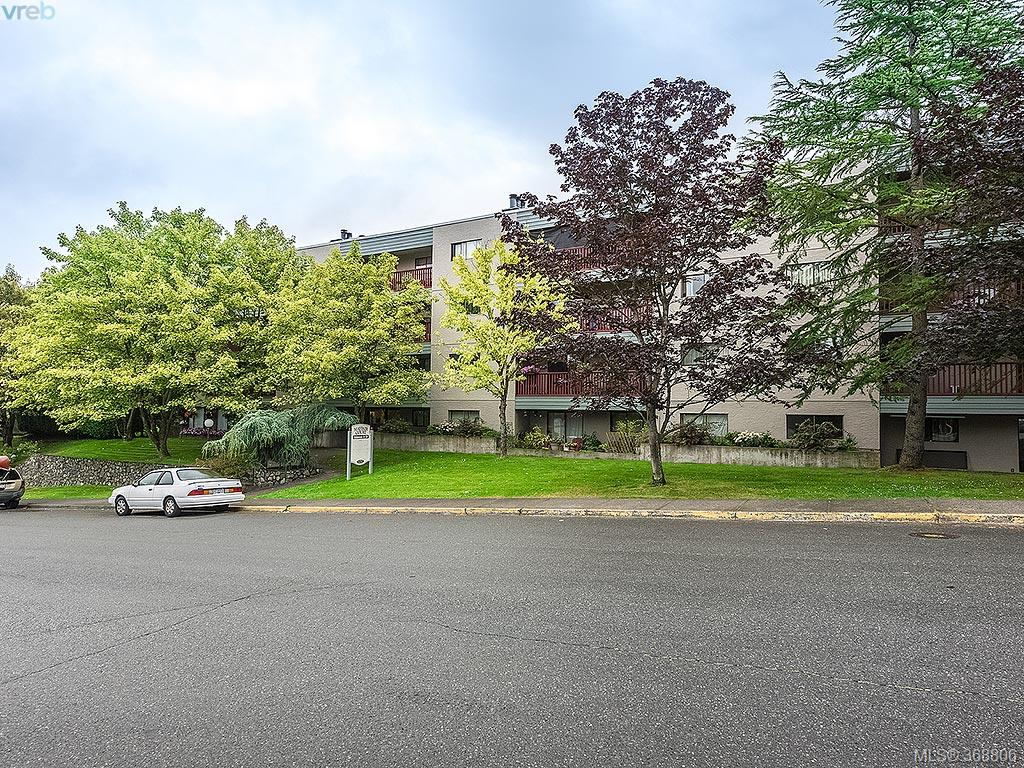 Main Photo: 314 3255 Glasgow Avenue in VICTORIA: SE Quadra Condo Apartment for sale (Saanich East)  : MLS® # 368806