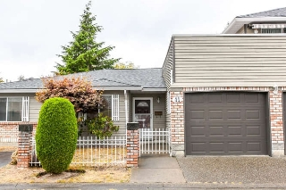 "Main Photo: 11 6350 48A Avenue in Delta: Holly Townhouse for sale in ""GARDEN ESTATES"" (Ladner)  : MLS®# R2105636"