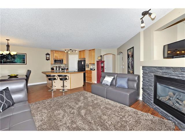Photo 12: 236 COVEBROOK Close NE in Calgary: Coventry Hills House for sale : MLS(r) # C4082925
