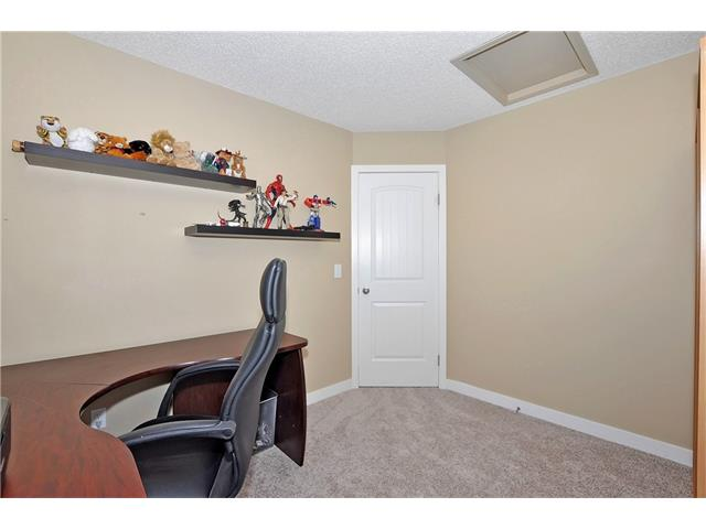 Photo 25: 236 COVEBROOK Close NE in Calgary: Coventry Hills House for sale : MLS(r) # C4082925