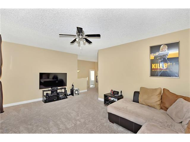 Photo 15: 236 COVEBROOK Close NE in Calgary: Coventry Hills House for sale : MLS(r) # C4082925