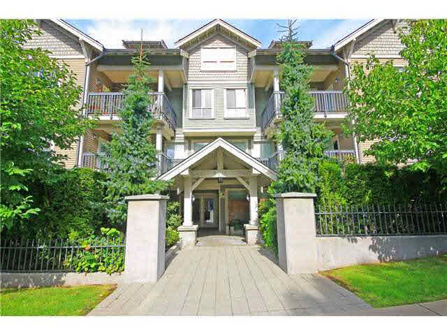 Main Photo: 309 3895 SANDELL STREET in : Central Park BS Condo for sale : MLS®# V1122366