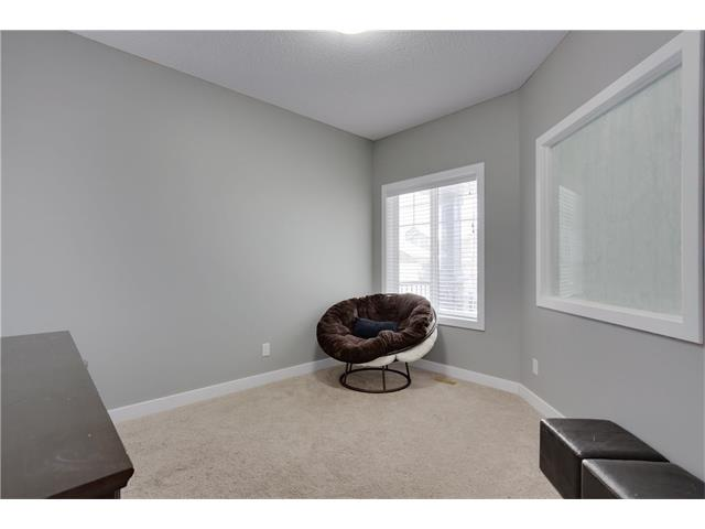 Photo 10: 31 EVEROAK Green SW in Calgary: Evergreen House for sale : MLS(r) # C4093062