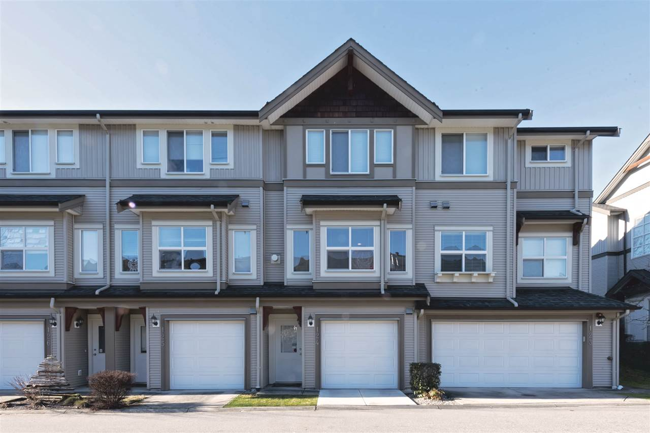 "Main Photo: 124 1055 RIVERWOOD Gate in Port Coquitlam: Riverwood Townhouse for sale in ""MOUNTAIN VIEW ESTATES"" : MLS® # R2132845"
