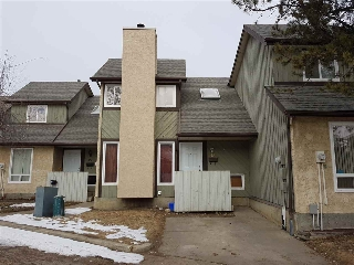 Main Photo:  in Edmonton: Zone 29 Townhouse for sale : MLS(r) # E4056136