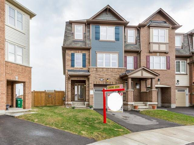 Main Photo: 37 Mercedes Road in Brampton: Northwest Brampton House (3-Storey) for sale : MLS®# W3769028
