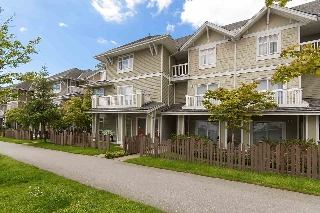 "Main Photo: 61 7388 MACPHERSON Avenue in Burnaby: Metrotown Townhouse for sale in ""ACACIA GARDENS"" (Burnaby South)  : MLS(r) # R2166985"