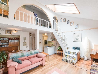"Main Photo: PH7 2125 YORK Avenue in Vancouver: Kitsilano Condo for sale in ""YORK GARDENS"" (Vancouver West)  : MLS(r) # R2168251"