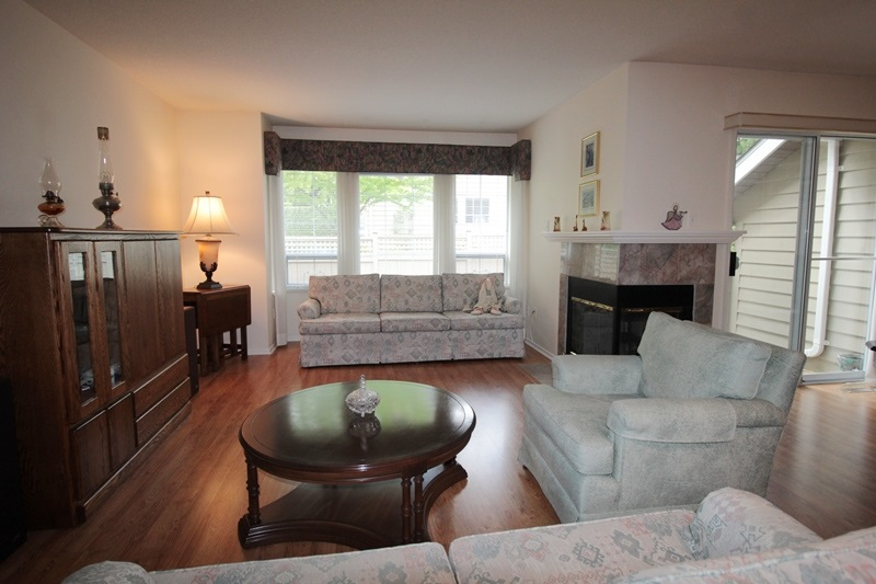 "Photo 2: 60 21848 50 Avenue in Langley: Murrayville Townhouse for sale in ""Cedar Crest Estates"" : MLS® # R2173433"