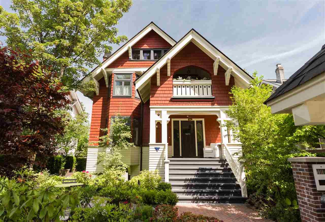 Main Photo: 1975 W 15TH Avenue in Vancouver: Kitsilano Townhouse for sale (Vancouver West)  : MLS® # R2176182