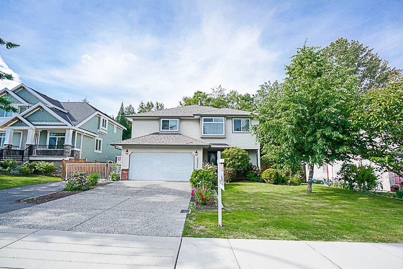 "Photo 1: Photos: 15731 106A Avenue in Surrey: Fraser Heights House for sale in ""Fraser Heights"" (North Surrey)  : MLS®# R2175481"