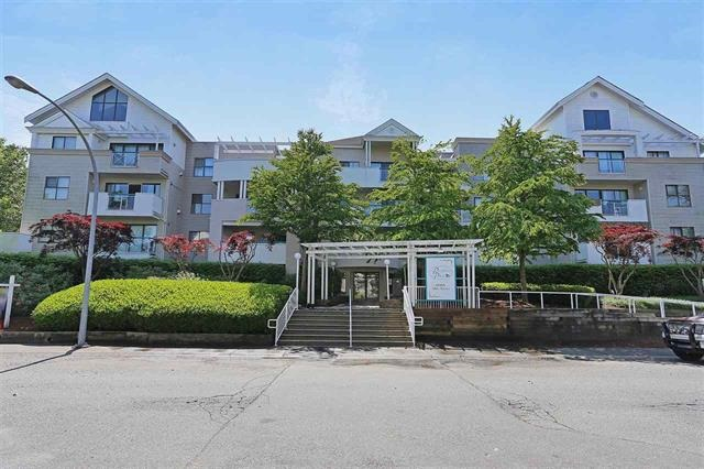 Main Photo: 406 20268 54 Avenue in Langley: Langley City Condo for sale : MLS® # R2179047